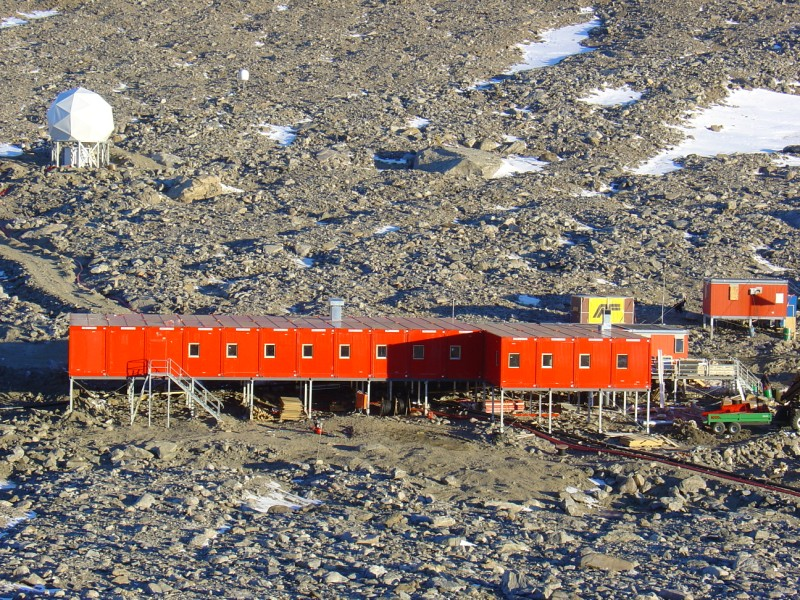Modular-building-for-research-station-on-Antarctica-(6).jpg