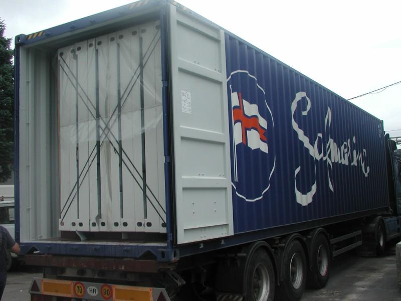 Transport-kontejnera-u-High-cube-transportnom-kontejneru.jpg