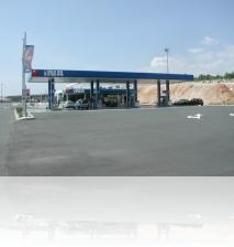 Tankstelle-INA.jpg